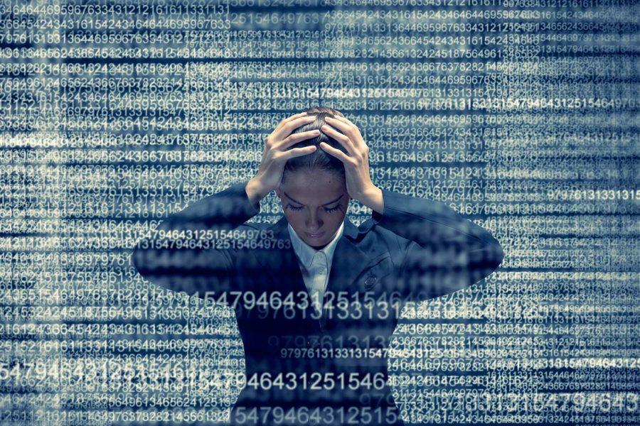 A informação, excesso e pobreza de atenção